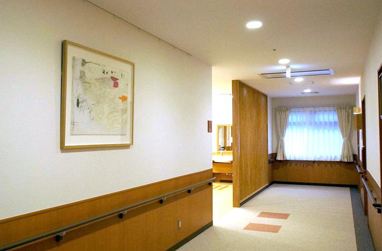 ニチイホーム与野本町(埼玉)/廊下