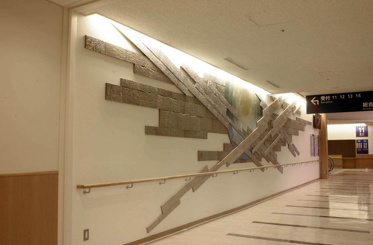 公立豊岡病院(兵庫)廊下